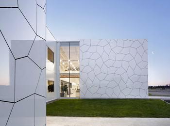 岩板不止用作背景墙,它的应用其实很广泛!